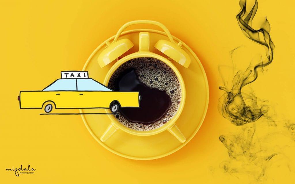 קפה של בוקר, מונית לשערי צדק ועשן סיגריות
